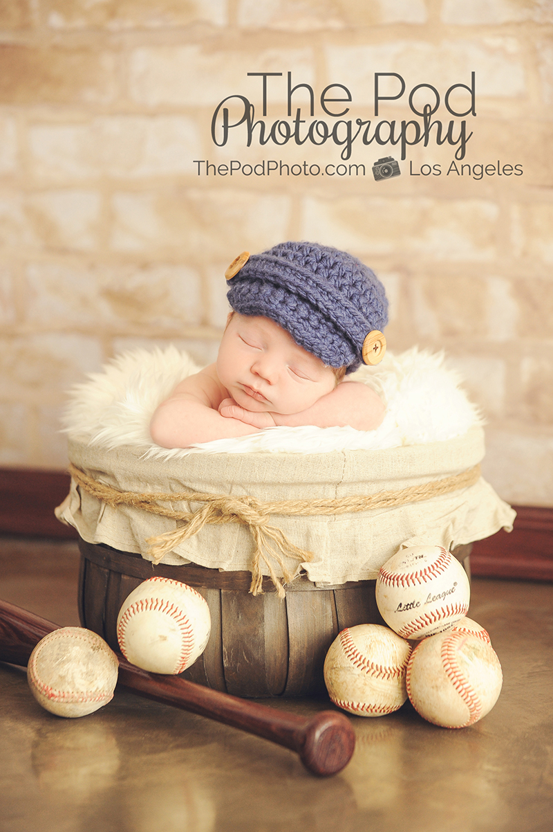 Baseball sportrs themed newborn photo santa monica unique
