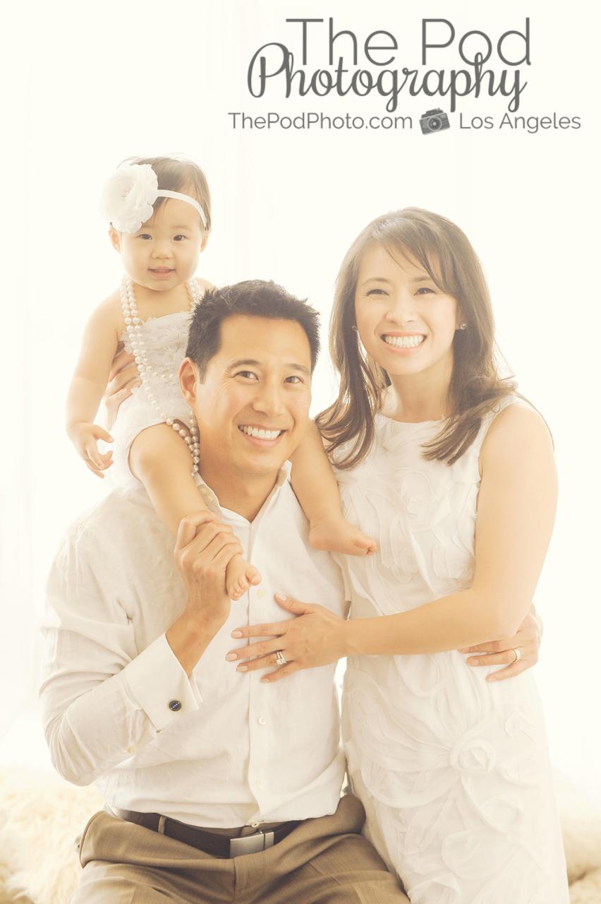 Candid family portrait pose best studio photographer santa monica