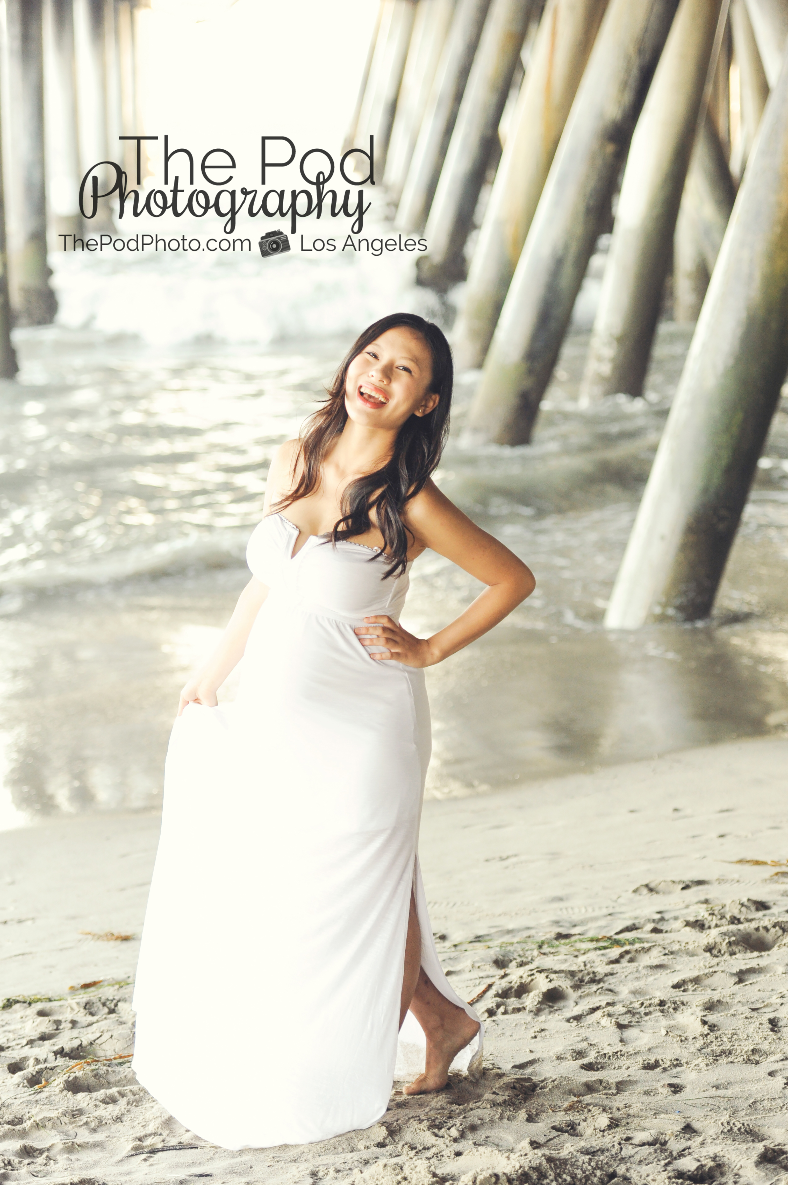 Santa Monica Pier Beach Maternity Photo Shoot Los