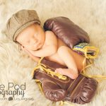 boxing-gloves-baby-photo-shoot
