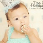 First-Birthday-Cake-Smash-Action-Shot-SusieCakes-Baby-Portrait-Studio-Beverly-Hills