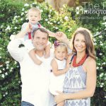 red-and-navy-family-portrait-playa-del-rey