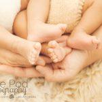 unique-twin-newborn-photographer