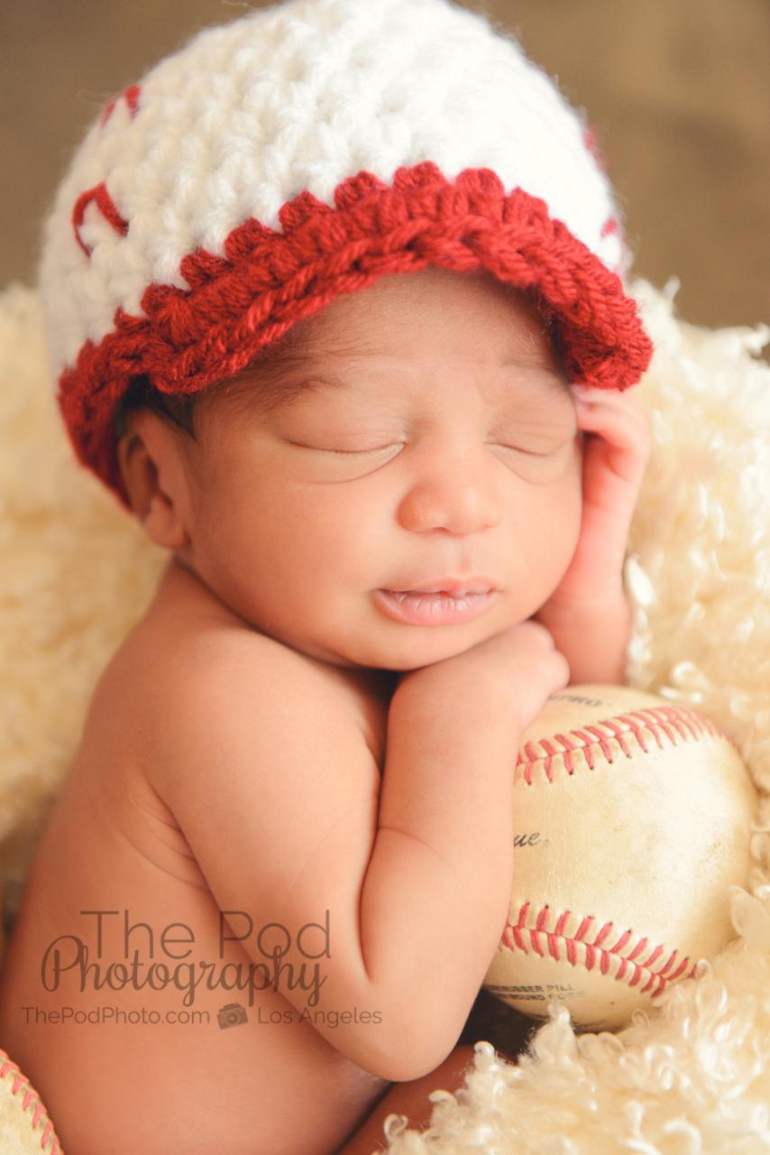 best-baseball-newborn-poses - Los Angeles based photo ...