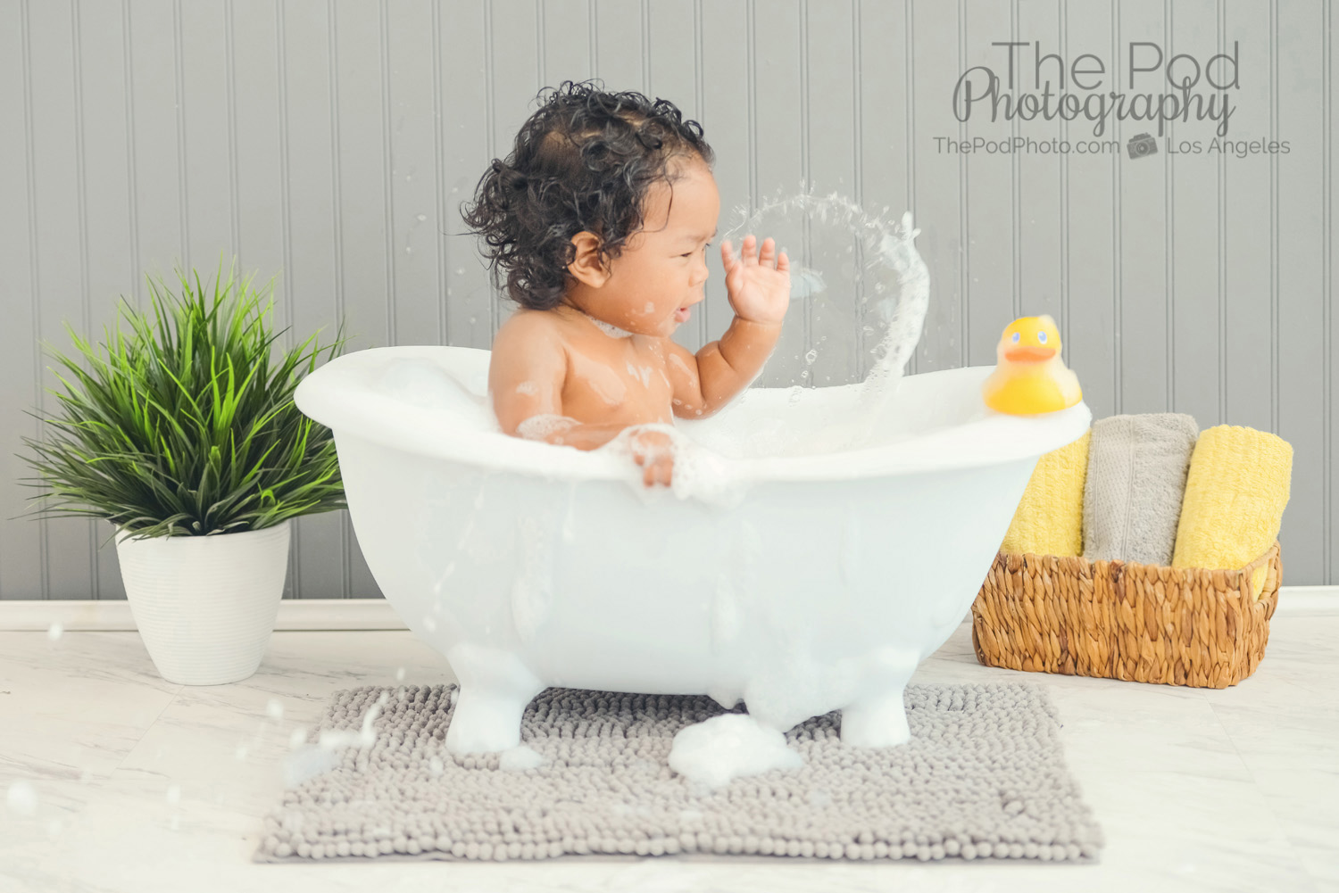 clawfoot baby bath tub. splash in tub min clawfoot bathtub The Value of Hiring a Professional Photographer for your Baby s Big