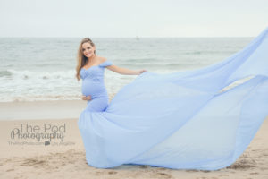 maternity-gown-blue-at-beach