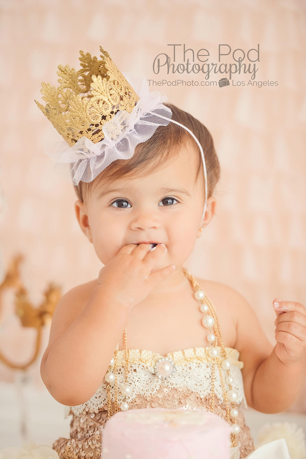 Cute birthday outfit ideas for girl photo shoot