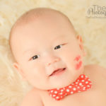 best-baby-photography-cheek-kiss